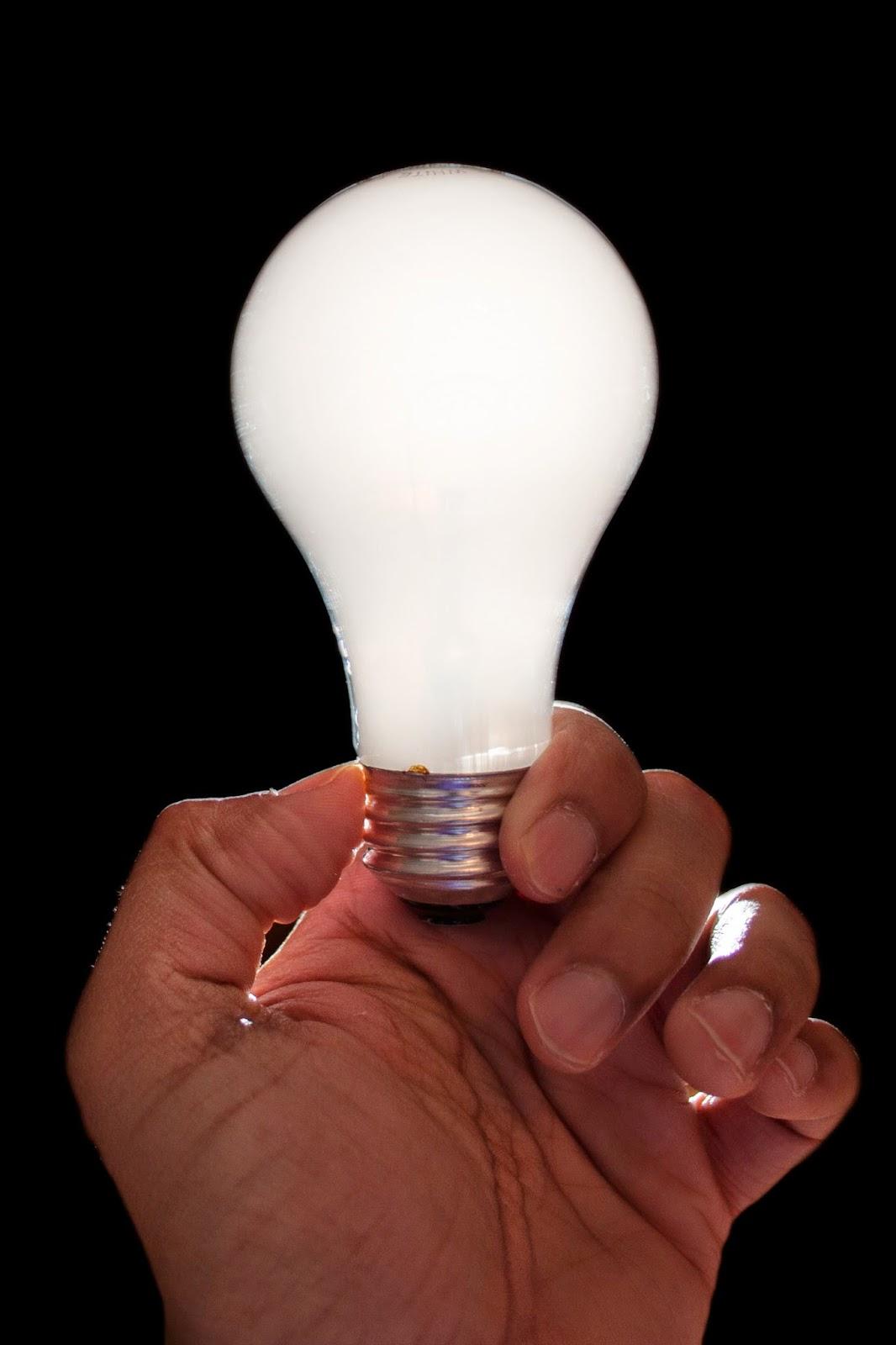 Лампочка картинка прикольная, сделать простую