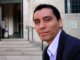 Manuel Muñoz, a UA assistant professor of English and a fiction writer, is one of 10 writers across the nation to receive an award from the Whiting Foundation. (Photo courtesy of Helena María Viramontes)