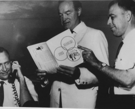 Carson with Bob Hope in the early 1960s. (Family photo courtesy of the School of Journalism)
