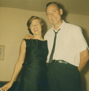 Carson and his wife, Helen, who died in 2016. (Family photo courtesy of the School of Journalism)
