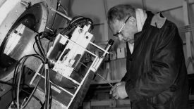 Gerard P. Kuiper with an interferometer on a 61-inch telescope, December 1969. (Courtesy of the Lunar and Planetary Laboratory/Special Collections)