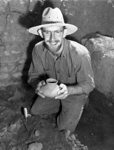 Ray Thompson at Point of Pines field school in 1946. (Photo courtesy of Arizona State Museum)