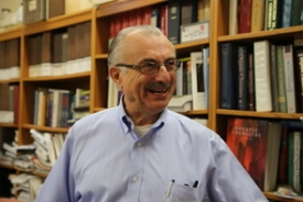 Victor Hruby, Regents Professor Emeritus in the Department of Chemistry and Biochemistry and the College of Medicine – Tucson